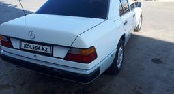 Mercedes-Benz E 230 1991 года за 1 600 000 тг. в Шымкент – фото 4