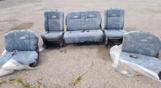 Комплект сидений мицубиси делика 1997г булка за 100 000 тг. в Алматы
