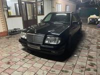 Mercedes-Benz E 500 1993 года за 3 500 000 тг. в Алматы
