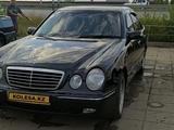 Mercedes-Benz E 320 2000 года за 3 985 294 тг. в Актобе – фото 2