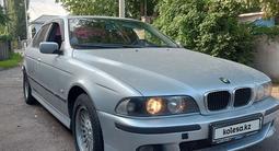 BMW 528 1998 года за 2 480 000 тг. в Алматы