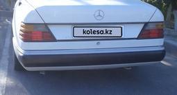 Mercedes-Benz E 230 1991 года за 1 500 000 тг. в Кызылорда – фото 2