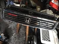 Решётка радиатора на Honda Stepwgn (1996-2001) за 10 000 тг. в Алматы