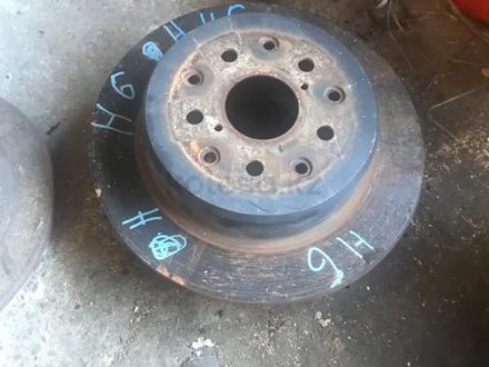Задние тормозные диски за 8 000 тг. в Алматы