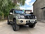 Nissan Patrol 2004 года за 8 000 000 тг. в Алматы
