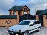 Volkswagen Passat 1990 года за 1 500 000 тг. в Уральск