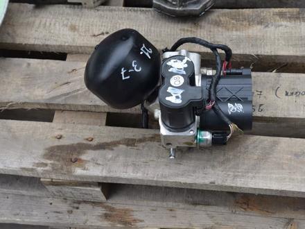 Блок клапанов гидроподвески ABC на мерседес S500 W222 за 3 000 тг. в Алматы – фото 5