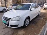 Volkswagen Jetta 2010 года за 4 000 000 тг. в Алматы