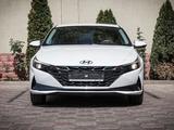 Hyundai Elantra 2021 года за 11 771 000 тг. в Алматы – фото 3