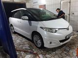Toyota Estima 2007 года за 4 500 000 тг. в Семей