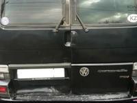 Двери для Volkswagen T4 за 10 000 тг. в Щучинск
