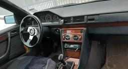 Mercedes-Benz CE 230 1990 года за 1 200 000 тг. в Нур-Султан (Астана) – фото 4