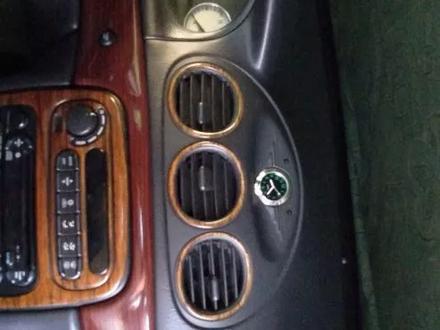 Chrysler LHS 2000 года за 2 300 000 тг. в Актобе – фото 7