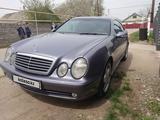 Mercedes-Benz CLK 320 2001 года за 4 500 000 тг. в Алматы – фото 2