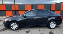 Chevrolet Cruze 2012 года за 2 800 000 тг. в Уральск – фото 2