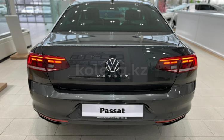 Volkswagen Passat Exclusive 2021 года за 15 254 000 тг. в Тараз