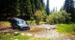 Land Rover Discovery 2003 года за 3 300 000 тг. в Алматы – фото 2