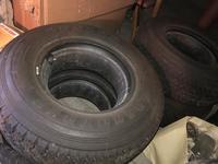 Резина Dunlop 265/70 R16C за 180 000 тг. в Алматы