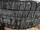 Диски оригинал на мерседес с зимней резиной 205/55/16 за 350 000 тг. в Алматы – фото 4
