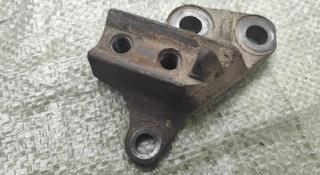 Кронштейн двигателя вольво 850 за 5 000 тг. в Алматы