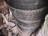 Диски с резиной от Mercedes benz 275/50 R20 за 149 990 тг. в Алматы – фото 3