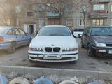 BMW 523 1998 года за 2 100 000 тг. в Караганда