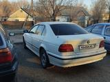 BMW 523 1998 года за 2 100 000 тг. в Караганда – фото 2