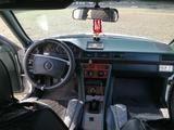 Mercedes-Benz E 200 1990 года за 1 400 000 тг. в Костанай – фото 4