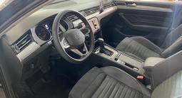 Volkswagen Passat Business 2021 года за 14 449 000 тг. в Петропавловск – фото 3