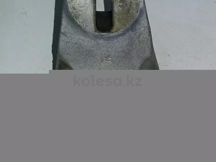 Опоры двигателя опель омега В за 3 000 тг. в Актобе – фото 4