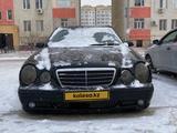 Mercedes-Benz E 320 2002 года за 3 500 000 тг. в Жанаозен