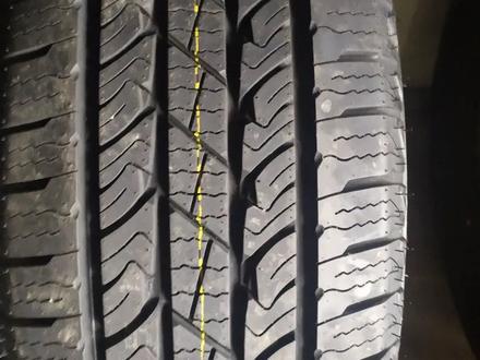 235.60R18 Roadstone RH5 за 38 000 тг. в Алматы