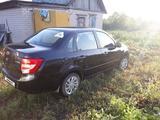 ВАЗ (Lada) Granta 2190 (седан) 2015 года за 2 500 000 тг. в Петропавловск – фото 3