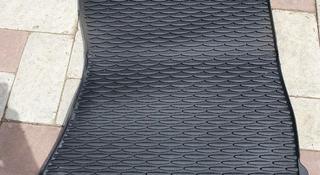 Оригинальный передний пассажирский коврик BMW X5 E70 X6 E71 за 12 000 тг. в Уральск
