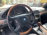 BMW 735 1999 года за 4 200 000 тг. в Алматы – фото 4
