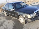 Mercedes-Benz E 200 1993 года за 1 400 000 тг. в Талдыкорган – фото 2