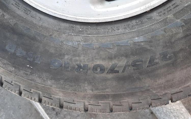 Диск один с шиной за 35 000 тг. в Алматы