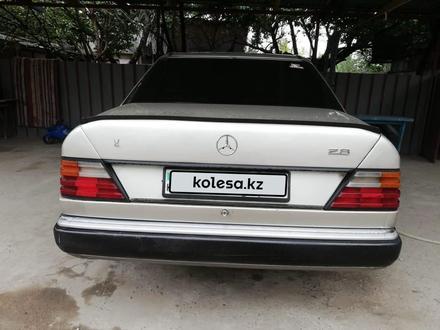 Mercedes-Benz E 230 1993 года за 1 400 000 тг. в Алматы – фото 2
