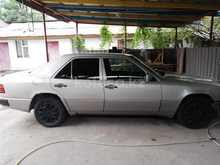 Mercedes-Benz E 230 1993 года за 1 400 000 тг. в Алматы – фото 6
