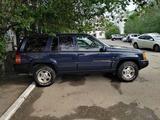 Jeep Grand Cherokee 1996 года за 2 500 000 тг. в Уральск