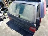 Крышка багажника Mercedes W210 combi за 19 500 тг. в Семей – фото 2