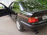 BMW 320 1994 года за 1 700 000 тг. в Алматы – фото 2