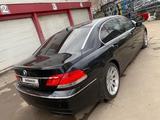 BMW 760 2005 года за 7 000 000 тг. в Уральск – фото 2