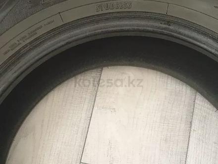 Резина зимняя Toyo Tranpath за 70 000 тг. в Алматы – фото 2