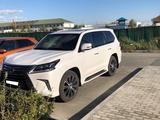 Lexus LX 570 2018 года за 45 000 000 тг. в Атырау – фото 2