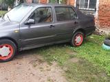 Volkswagen Vento 1993 года за 1 400 000 тг. в Петропавловск – фото 4