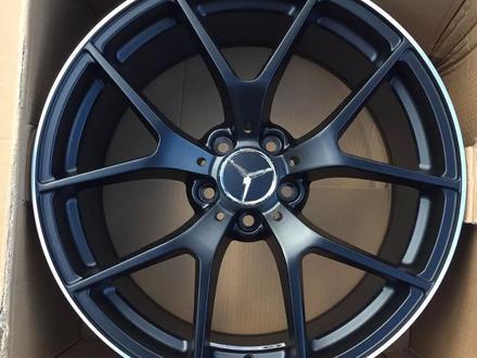 Новые диски AMG Авто диски на Mercedes за 145 000 тг. в Алматы – фото 2