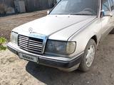 Mercedes-Benz E 260 1986 года за 1 000 000 тг. в Семей – фото 2