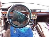 Mercedes-Benz E 260 1986 года за 1 000 000 тг. в Семей – фото 4
