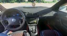 Volkswagen Passat 2000 года за 1 600 000 тг. в Уральск – фото 5
